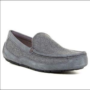Ugg Australia men's gray wool Alder slippers Sz 11